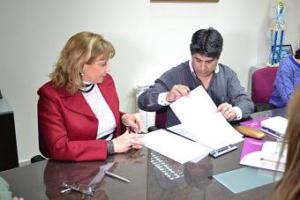 EL IPLIDO FIRMO UN CONVENIO MARCO DE COOPERACION CON EL MINISTERIO DE DESARROLLO PROVINCIAL DE TIERRA DEL FUEGO