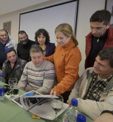 Elecciones Nacionales. Camaño En Bariloche Para Impulsar A Massa