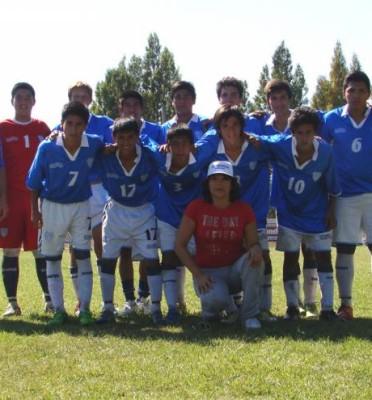 Los Chicos De UTHGRA Se Preparan Para El Desempate Por El Torneo Local
