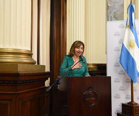 """Seminario De """"Mujeres, Diplomacia Y Liderazgo"""""""